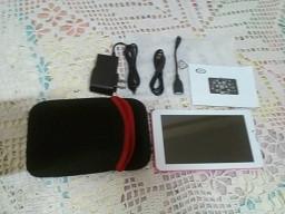 tablet de 7 pulgadas ideal para jugar ver videos y conectarse.