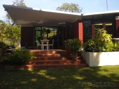 House with pool in Siboney. Havana. 3 bedrooms. (+53) 58298519Fecha